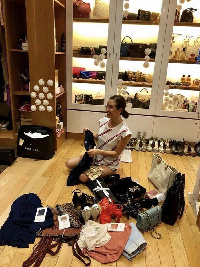 Sao Việt khoe tủ đồ hàng hiệu đắt ngang căn penthouse-12