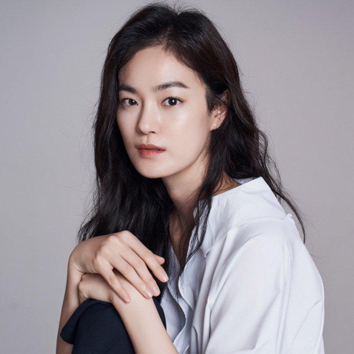 Phim của Yoona - Lee Jong Suk chốt đơn thêm dàn cast xịn xò-3