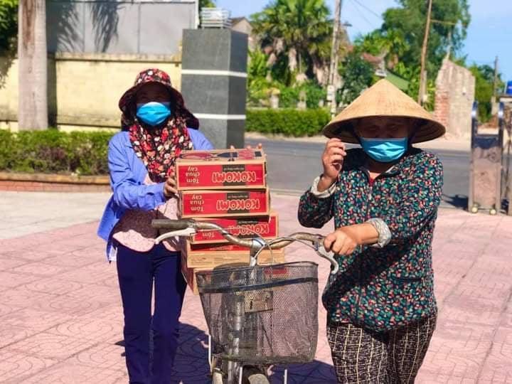 Tỉnh Hà Tĩnh nói về việc vợ chồng Thủy Tiên phân phối hàng cứu trợ-2