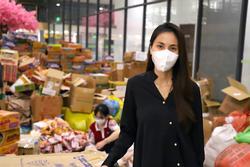 Thủy Tiên tung bằng chứng khi bị tố nhận vơ 100 tấn lương thực