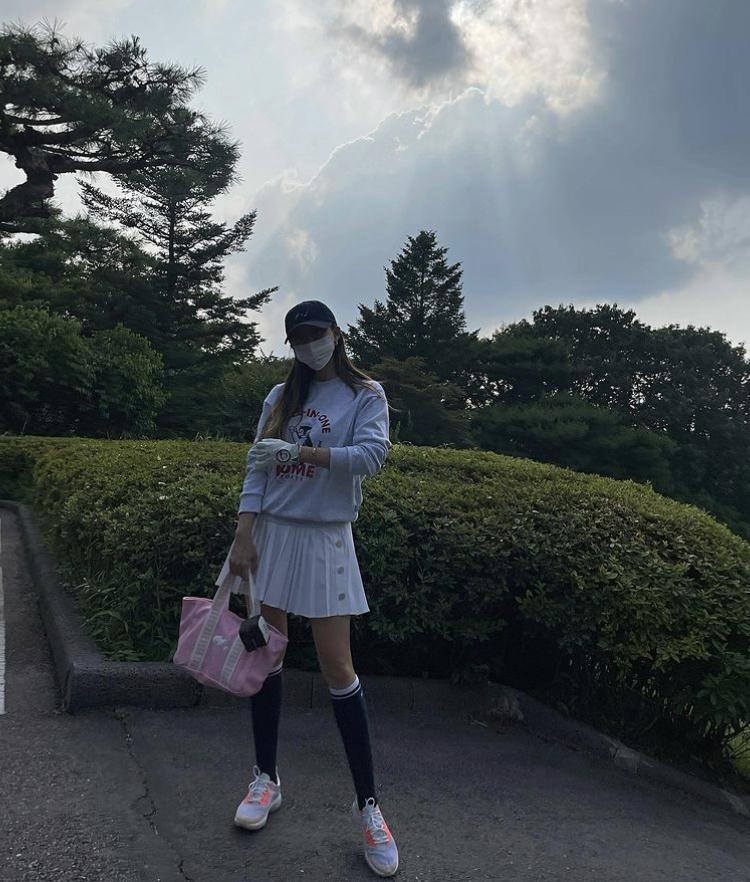 Hyomin, Sooyoung lên đồ đi đánh golf vừa chất vừa như nữ sinh 18-2