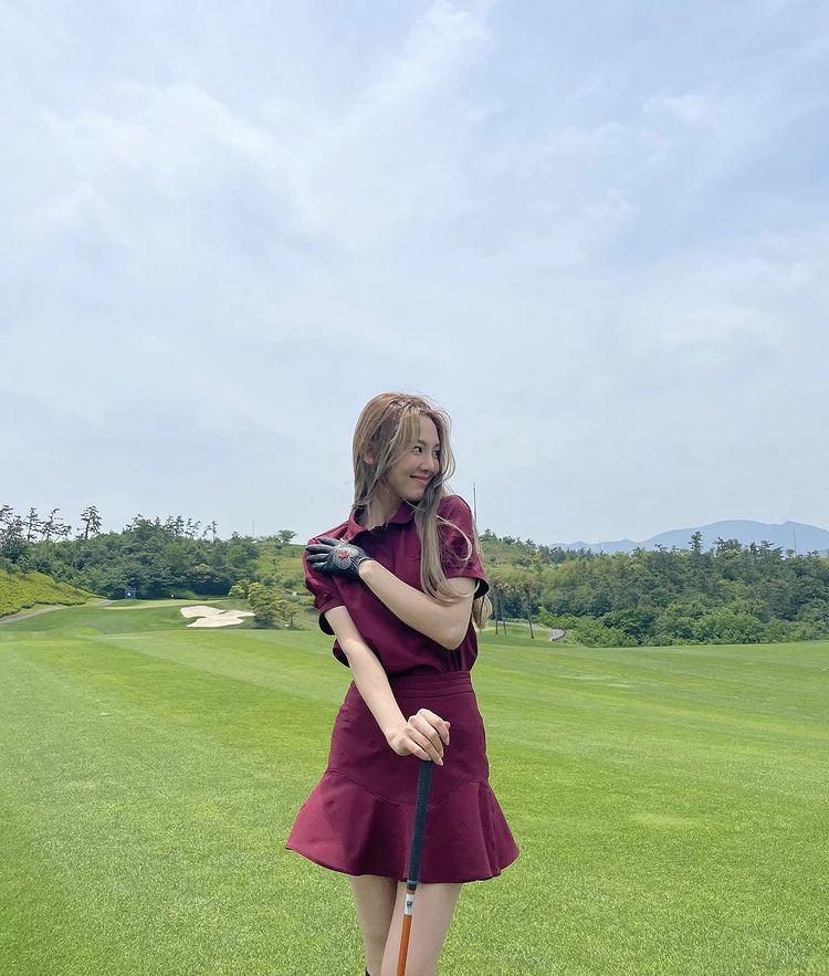 Hyomin, Sooyoung lên đồ đi đánh golf vừa chất vừa như nữ sinh 18-7