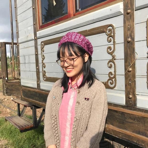 Nữ sinh duy nhất đạt 10 Văn tốt nghiệp: Học chuyên Anh, trật tủ bài Sóng-2