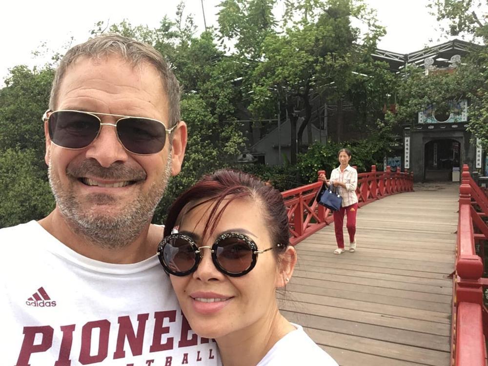 Ngọc Anh 3A viên mãn khi tái hôn với chồng Tây-7