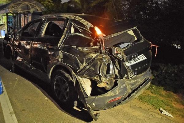 Nữ diễn viên Ấn Độ nguy kịch sau tai nạn giao thông-2