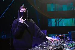 Playlist của DJ Alan Walker: Đủ BTS, TWICE nhưng không có BLACKPINK