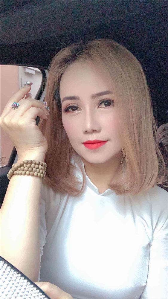 Cô Xuyến Hoàng Yến tái xuất trẻ đẹp còn hóa yêu tinh tai dài-5