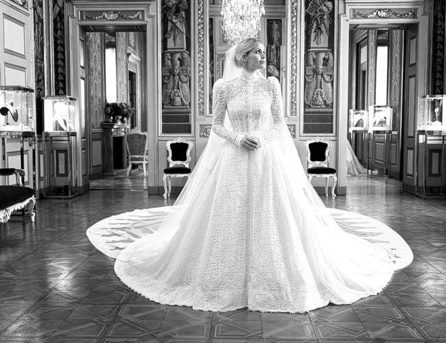 Cháu gái Công nương Diana kết hôn: Bộ váy cưới và câu chuyện đằng sau số 32-6