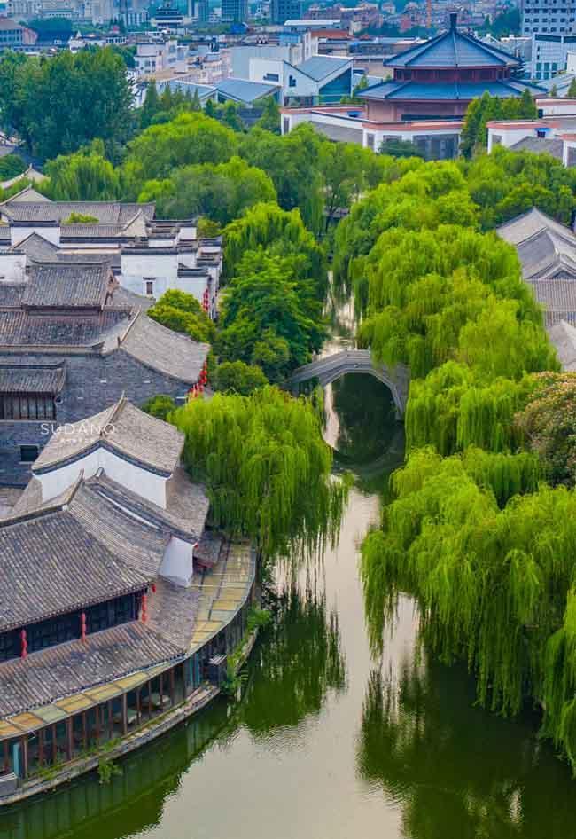 Thị trấn đẹp nhất thế giới, được cả vua Khang Hy và Càn Long khen ngợi-2