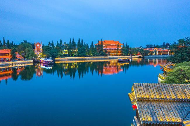 Thị trấn đẹp nhất thế giới, được cả vua Khang Hy và Càn Long khen ngợi-3