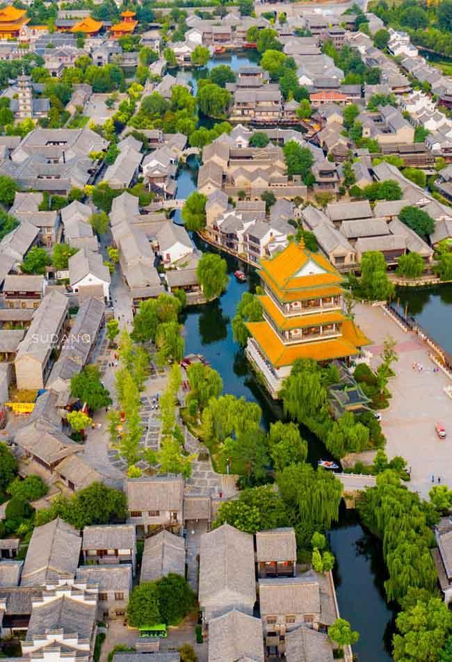 Thị trấn đẹp nhất thế giới, được cả vua Khang Hy và Càn Long khen ngợi-4