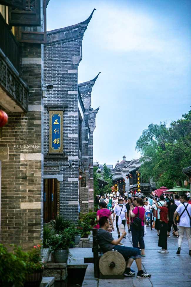 Thị trấn đẹp nhất thế giới, được cả vua Khang Hy và Càn Long khen ngợi-6