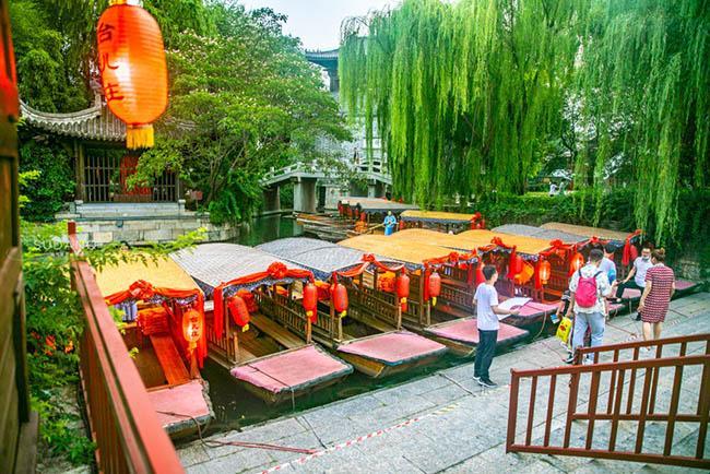 Thị trấn đẹp nhất thế giới, được cả vua Khang Hy và Càn Long khen ngợi-8