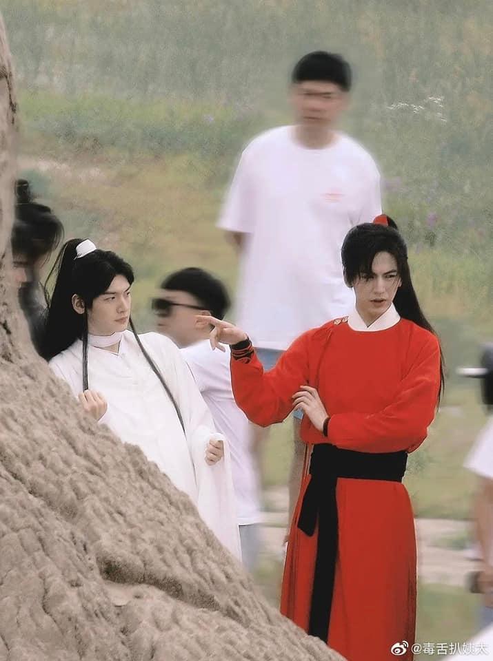 Người hâm mộ ngán ngẩm ảnh hậu trường đam mỹ Thiên Quan Tứ Phúc-1