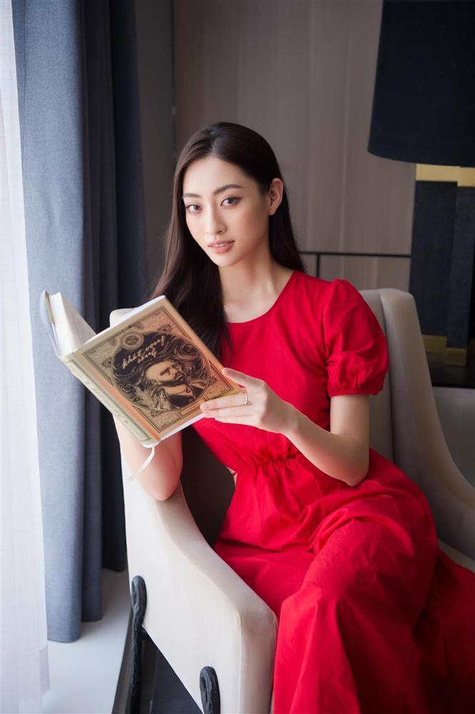 Hoa hậu Lương Thùy Linh được hỏi chuyện yêu đương nữ giới-4