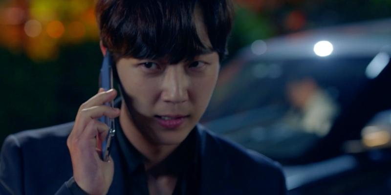 Cảnh bị cắt trong tập 7 Penthouse 3: Ha Yoon Cheol say sưa hôn gái lạ-10