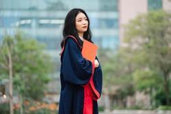 Nữ sinh 'qua mặt' 1 triệu sĩ tử, ẵm thủ khoa toàn quốc thi tốt nghiệp là ai?