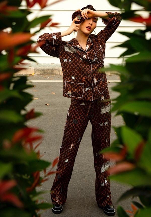 Hà Hồ, Lệ Quyên mặc đồ ngủ pyjama thôi mà nhìn giá phát hoảng-4