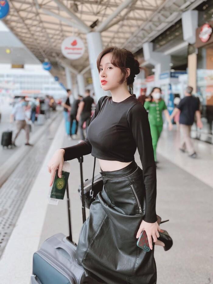 Bà Tưng khoe vòng 1 căng đét nhưng không còn tưng như xưa-11