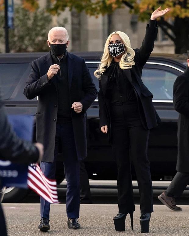 Tiền đình những lần đi giày cà kheo 40cm như diễn xiếc của Lady Gaga-5