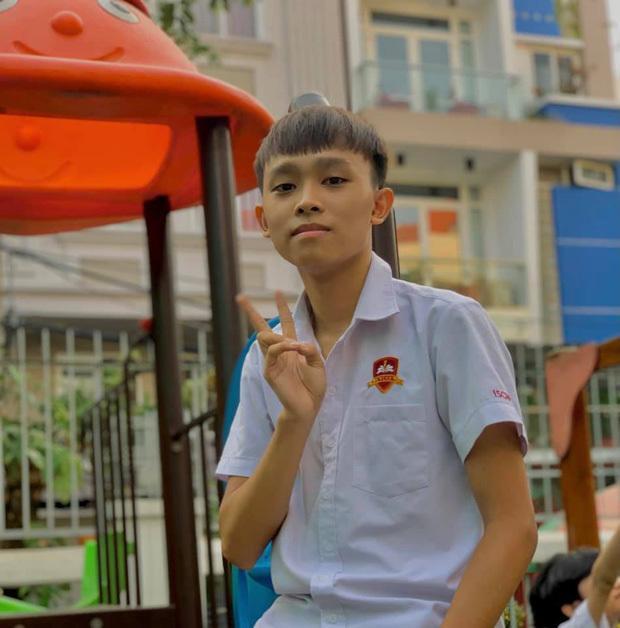 Đàn con nuôi Phi Nhung được bao nhiêu điểm thi THPT Quốc gia 2021?-1
