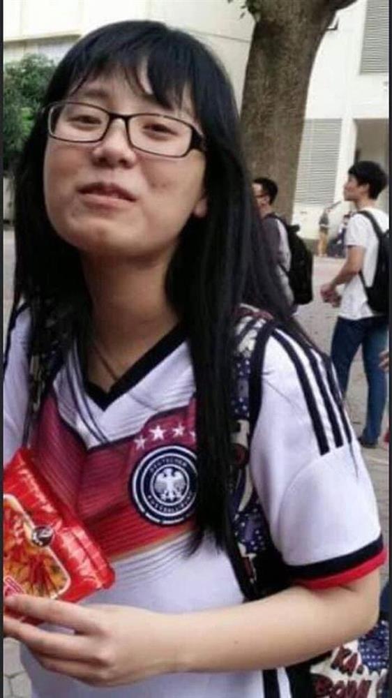 Cô giáo Minh Thu lộ nhan sắc đen đúa thời chưa nổi tiếng-2