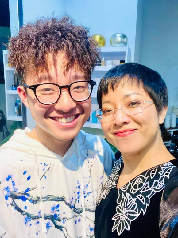 Con trai MC Thảo Vân khuyên mẹ lấy chồng với lý do xúc động-5