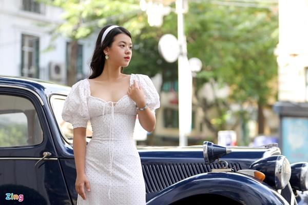 Ca sĩ Việt có cha mẹ nổi tiếng-4