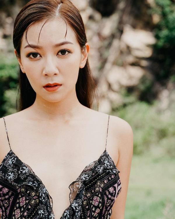 Tình cảnh trái ngược của hai người đẹp phải rời TVB-6