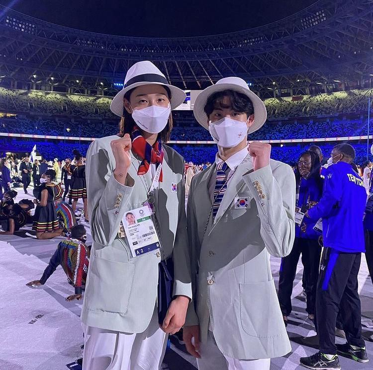 Thời trang và vẻ ngoài nam thần của đoàn Olympic Hàn Quốc-15
