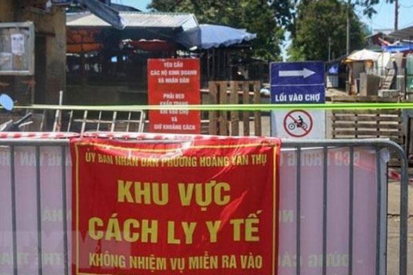 KHẨN: Hà Nội tìm người đến mua trứng tại chợ đầu mối Đền Lừ-1