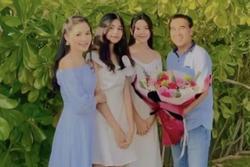 Sinh nhật Quyền Linh, 2 ái nữ tuổi trăng tròn chiếm trọn spotlight