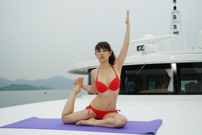 Hoa hậu diễn cảnh nóng trên du thuyền tiết lộ bí mật hậu trường 18+-2