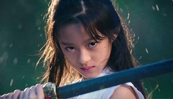 Lưu Diệc Phi bị sao nhí 14 tuổi thay thế trong Tiên Kiếm Kỳ Hiệp-5