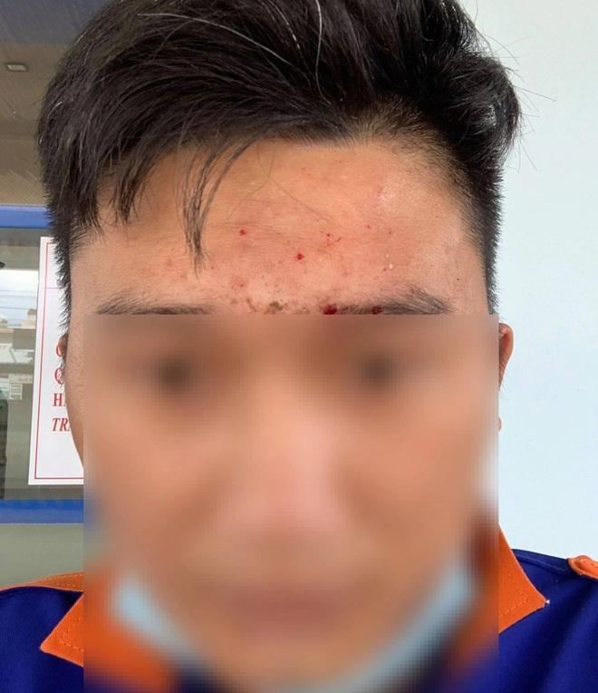 Clip: Nguyên Phó Chủ tịch huyện ném sầu riêng vào mặt nhân viên cây xăng-1