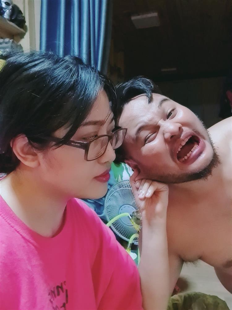 Vợ cũ Minh Râu ngày báo ly hôn, đêm cười sặc sụa-6