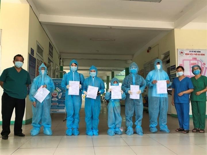 Thêm 3.800 bệnh nhân Covid-19 ở TP.HCM được xuất viện-1