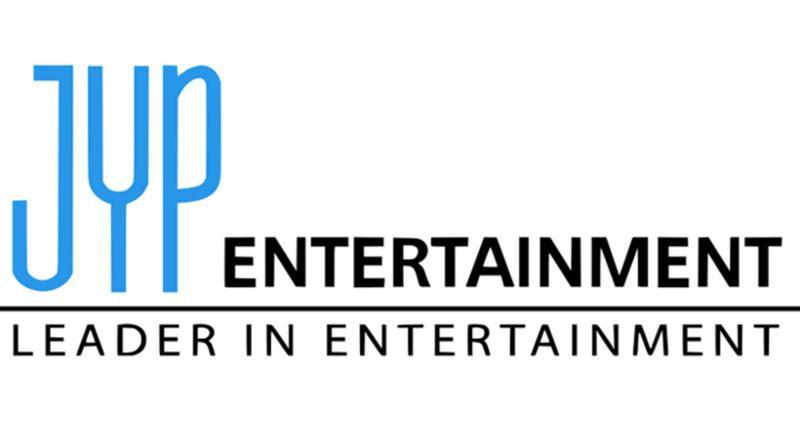 Chuyện lạ Kpop: Nhóm nhạc nữ năm sau mới ra mắt mà netizen đã đặt trước single-1