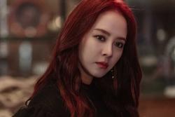 Song Ji Hyo gây choáng khi hóa 'ác nữ' trong phim mới