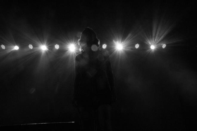 Nữ ca sĩ Hàn bị công ty quản lý điều đi bán dâm-1