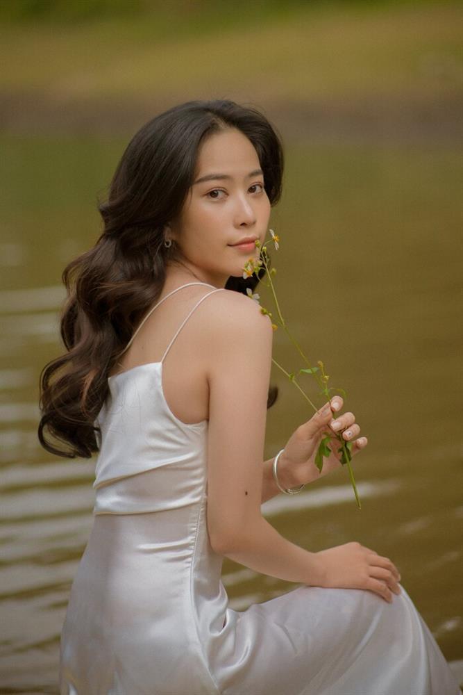 Nam Em hát ca khúc ballad bằng tiếng Thái rất gì và này nọ-2