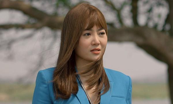 Đường tình dàn cast Mùa Hoa Tìm Lại hạnh phúc khác hẳn trên phim-2