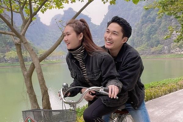 Đường tình dàn cast Mùa Hoa Tìm Lại hạnh phúc khác hẳn trên phim-12