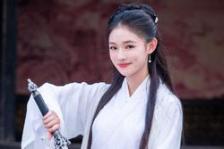 Lâm Duẫn hóa Tiểu Long Nữ: Có đẹp hơn Lưu Diệc Phi, Lý Nhược Đồng?