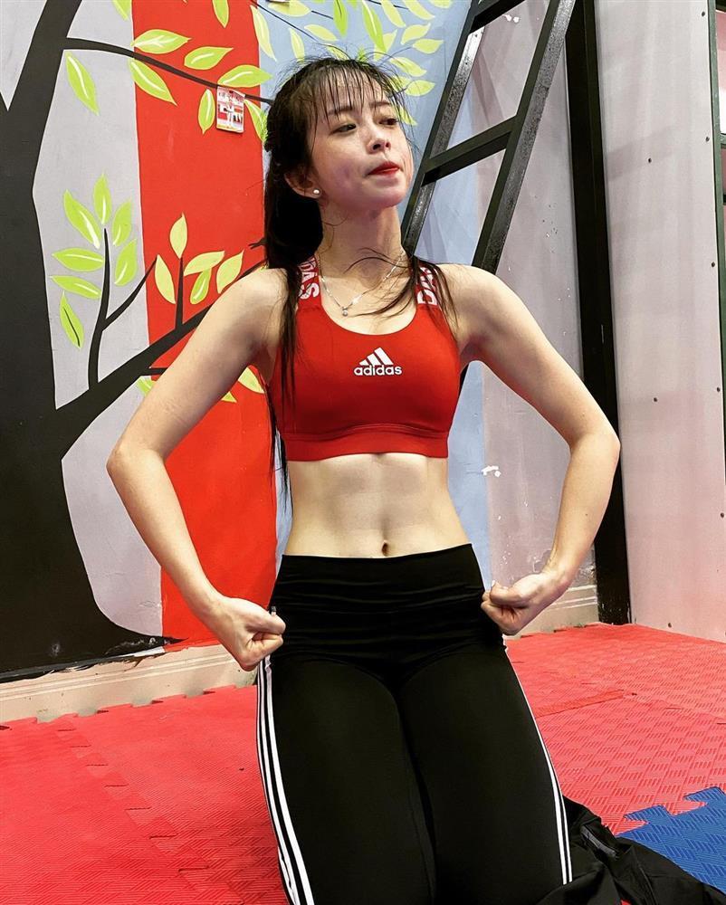 Hot girl Taekwondo Châu Tuyết Vân khoe cơ bụng săn chắc, vòng eo con kiến-6