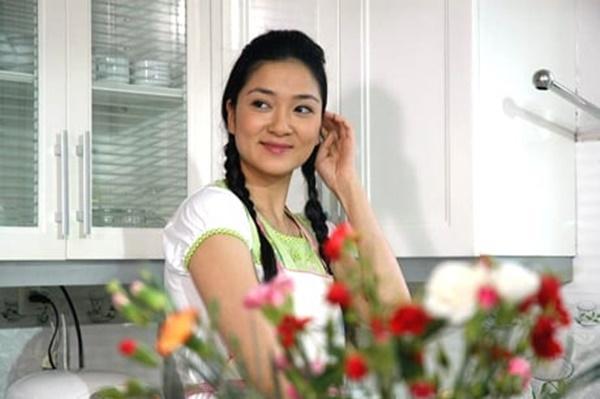 Giúp việc trong phim Việt: Có nhất thiết phải xinh đẹp thế này không?-5