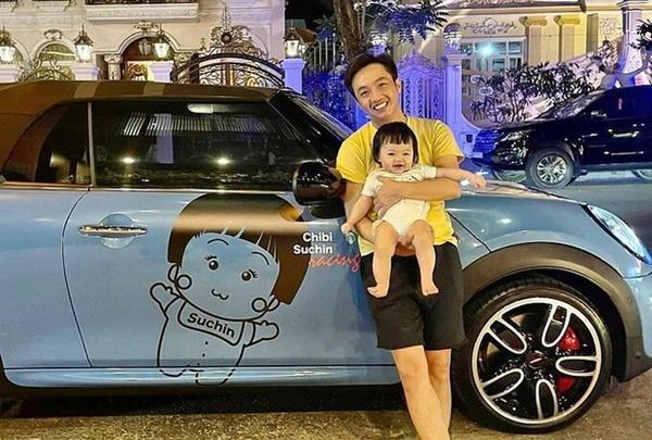 Quà khủng của rich kids Việt: Siêu xe 70 tỷ, hàng hiệu nhiều vô biên-11