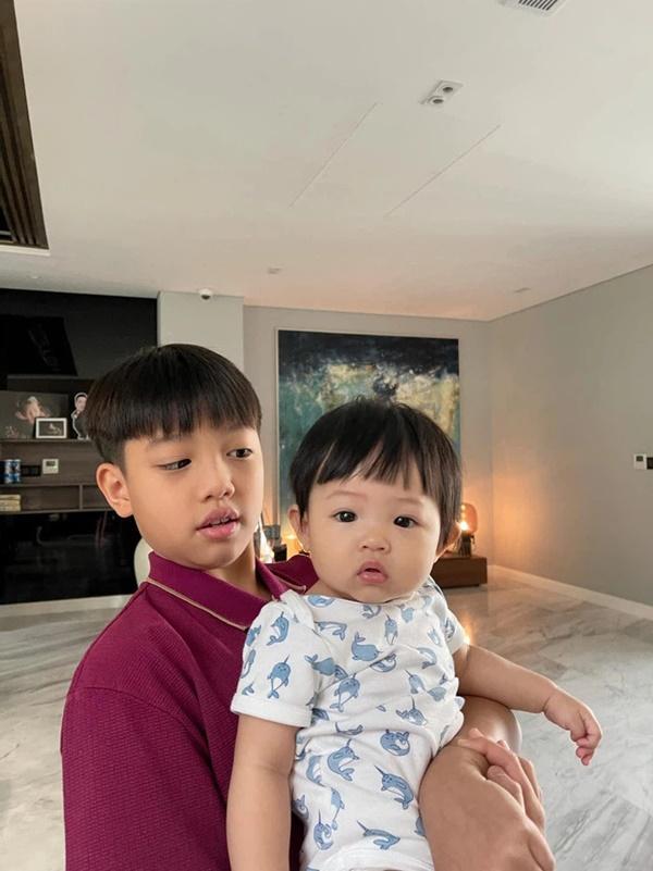 Quà khủng của rich kids Việt: Siêu xe 70 tỷ, hàng hiệu nhiều vô biên-7