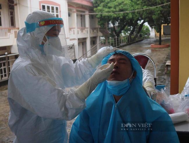 Phú Thọ: 4 người hồi hương bị tai nạn, test nhanh 3 ca nhiễm Covid-19-1