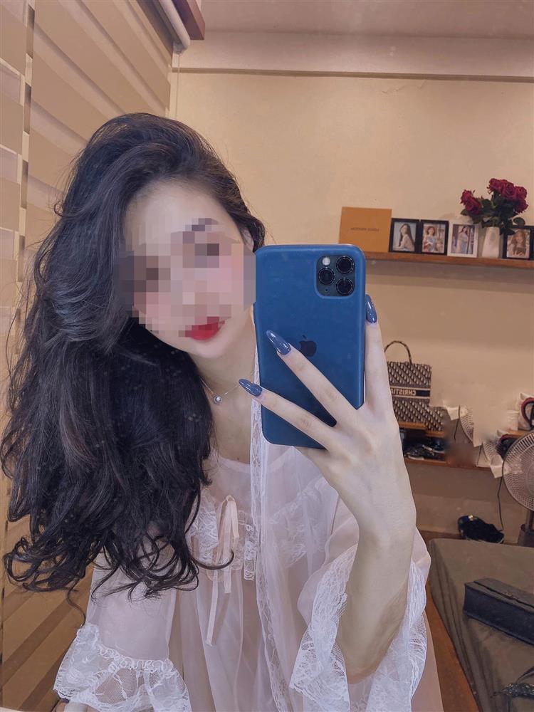 Hot girl Về Nhà Đi Con lả lơi comeback sau 2 tháng lộ clip 18+-1